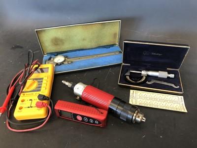 Lot 24 - Mitutoyo precision callipers, Kanon callipers,...