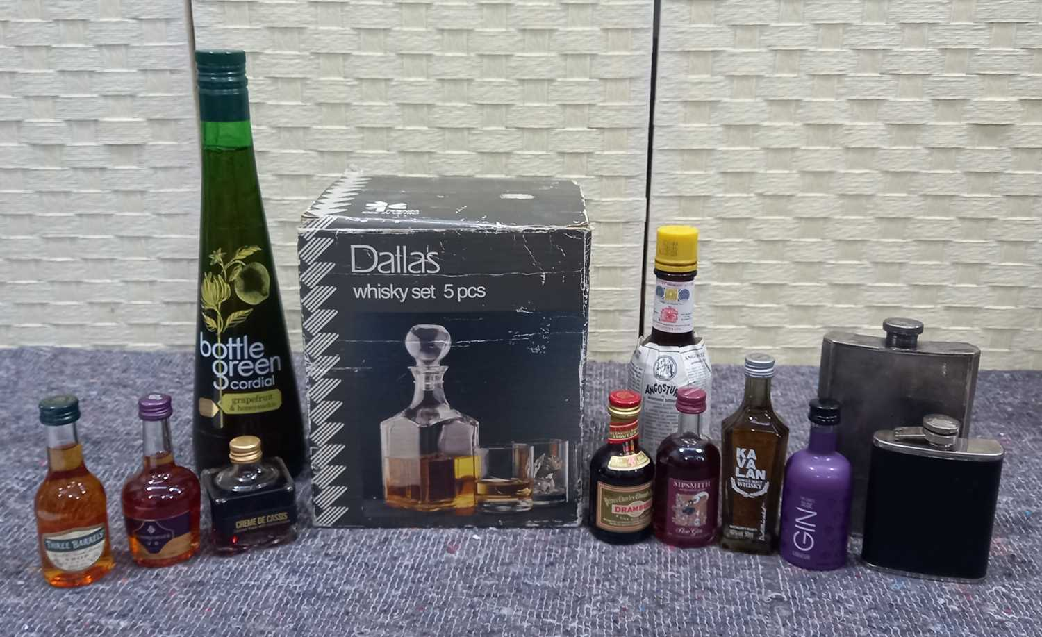 Lot 38 - A selection of miniatures, a five piece whisky...